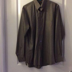 NWOT Van Heusen men's shirt